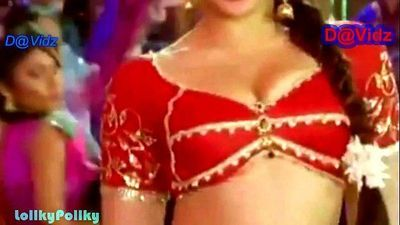 Kareena Hottest Navel Show - 6 min