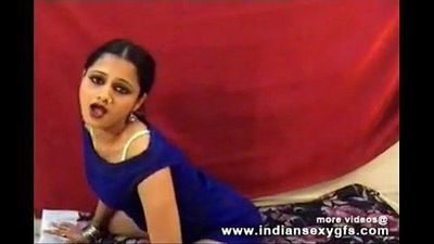 Hot Desi Anjana indian girl dance squeezing her boobs on live sex webcam - 10 min