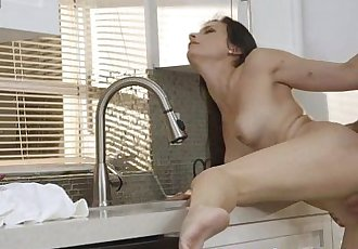 Alexis Dean Goes All The Way For Her Clients