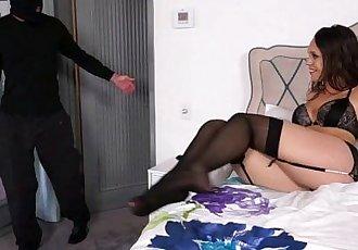 Sneaky step dad bangs Jade Nile from behind
