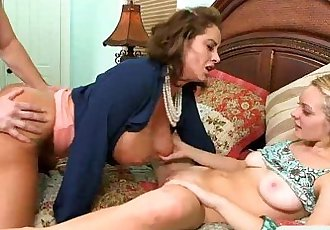 Busty MILF Eva Notty nasty threesome sex on the couch