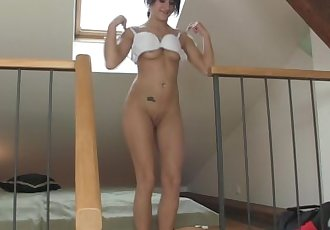 Horny cheating gf riding his dick