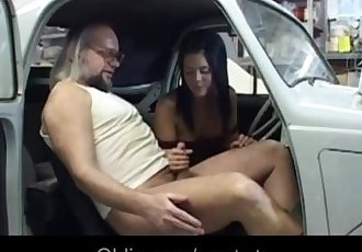 Brunette youngster fucks with perv mature lad in a garaje