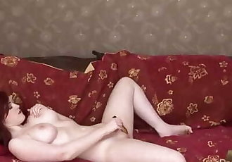 Jaye Rose melts you with her beautiful breasts