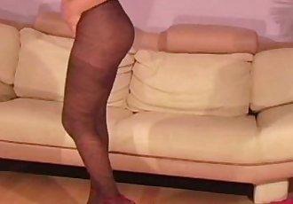 Hairy milf in sexy nylon pantyhose