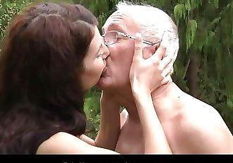 Oldman seduced and fucked by a hussy teeny