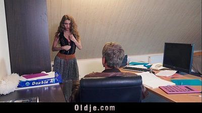 Sexy young secretary blackmails her old boss for dirty fuck facialHD