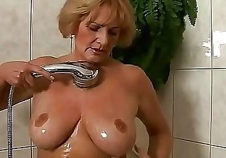 Horny granny Sally 6 min