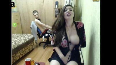 Girl Masturbating While Playing Dota