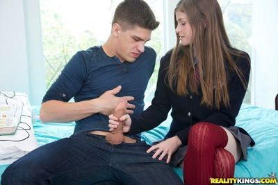 Sightly teen Lara has hardcore adventure and gets cum on her face