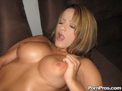 Latina MILF babe Jodi Bean stripping and toying her pussy - part 2