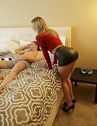 Amateur chick Tiffany Watson tops her submissive guy in a black miniskirt