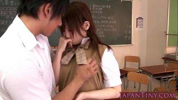 Small japan schoolgirl Mika Airi fucked HD