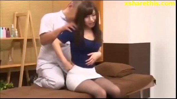 Innocent Asian Girl in Session Bad Massage