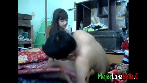 morrita philipina de 18 cachonda petea con el hermano full video: bit.ly/1QUHSoA