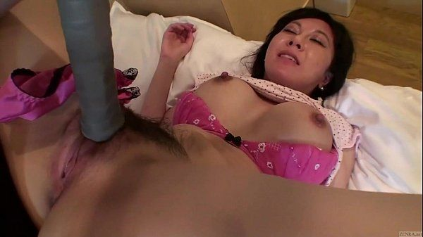 Uncensored Japanese milf affair with tennis racket Subtitled HD