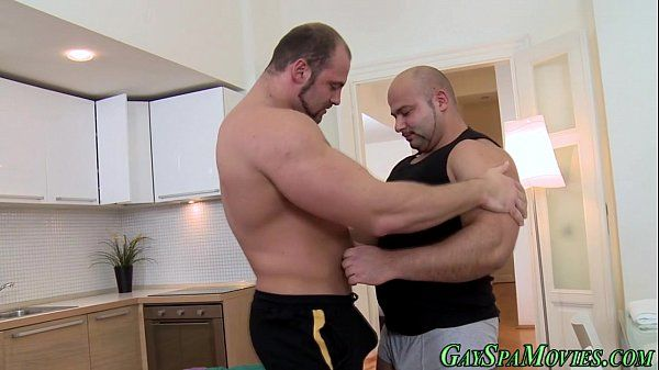 Muscle bears suck n fuck