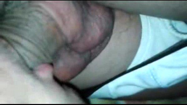 Câmeras Ocultas, Bulgues, Bultos e Volumes- Dormindo bêbado o cara nem sentiu que foi ch