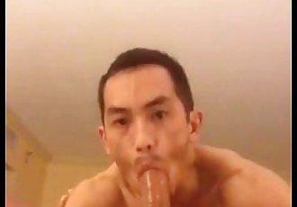 asian boy deepthroat trai bú cu lút cán