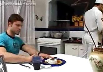 Félix StulbachSexo na cozinha