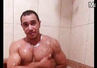 Gordo Cu Guloso com Malhado Roludo 640x360 2014-10-31 21-05-20