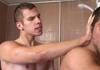 Brit jock in the shower gets facializedHD
