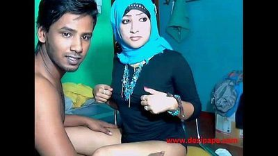 married srilankan indian couple live webcam show sex - 1 min 23 sec