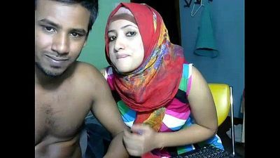 Sexy Desi couple webcam fucks - 3 min