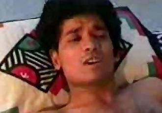 Indian Hardcore - 16 min