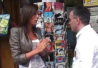 Indian hooker gets tourists jizz on tits
