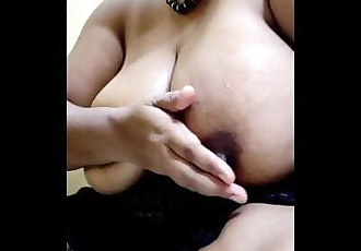Sexy Milf Indian Bhabi Honey Cooling Down Her Hot Boobs