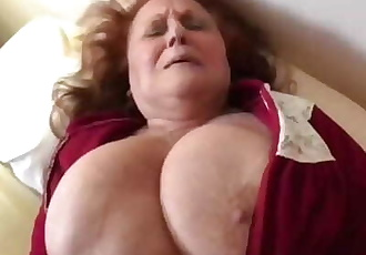 *FAVOURITE* - SEXY OLD THICK GRANDMA FUCKING YOUNG GUY WITH SEXY THICK BODY