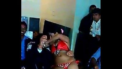 Hot Dance in Office party - 2 min