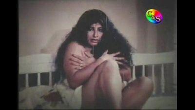 Sumana Gomes from the Movie Ragaye Unusuma - 3 min