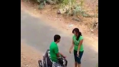 Indian lover hot kiss in road - 41 sec