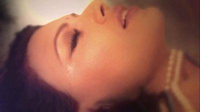 Sherlyn Chopras KAMASUTRA 3D Photoshoot Official Video - 1 min 5 sec