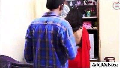 Bra Seller Sex With Desi Indian Bhabhi - देसी भारतीय..
