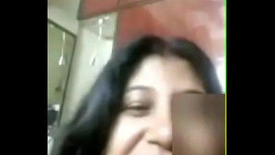 Bhabhi naked on whatsapp - 3 min