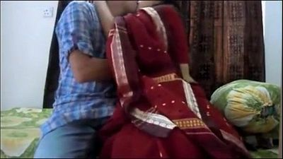 married bengali cheating Bhabi Mun Mun with Secret BF after husband went office - 5 min
