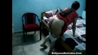 Desi Bhabhi Riding On Dick - 6 min