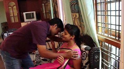 Kamapisachi Hot Desi Bhabhi with her Lover - DesiScandals.Net - 4 min