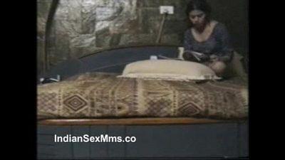 Mumbai Esccort Sex Video - IndianSexMms.Co - 7 min