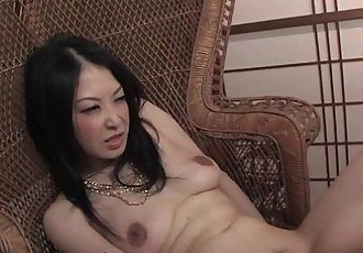 Amateur bimbo from the streets has a threesome - 8 min HD