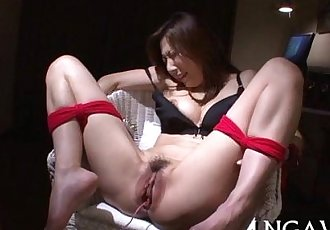 Shaggy asian chick with fat fake penis - 5 min