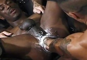asian fist fucks black guy. super hoy