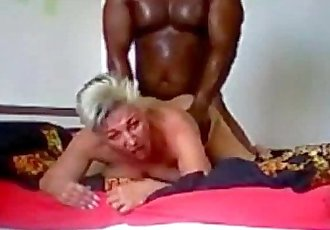 Blonde mature babe gets doggystyled by bbc - 9 min