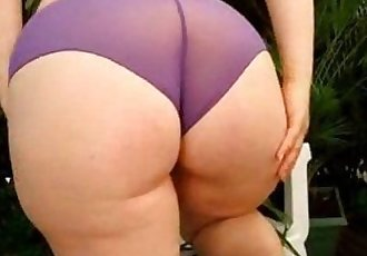 My wife big amateur ass - Bunda grande da minha esposa amador - 1 min 13 sec