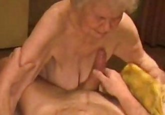 Facial on a very old granny. Amateur older - 1 min 18 sec