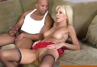 Interracial loving cougar fucked