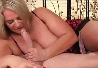 seemom-Busty milf loves young cocksHD